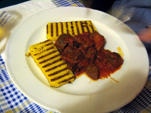 6232675-Horse_meat_stew_Padova